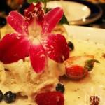 Vanilla Bean Ice Cream included with Pudín de la Pan