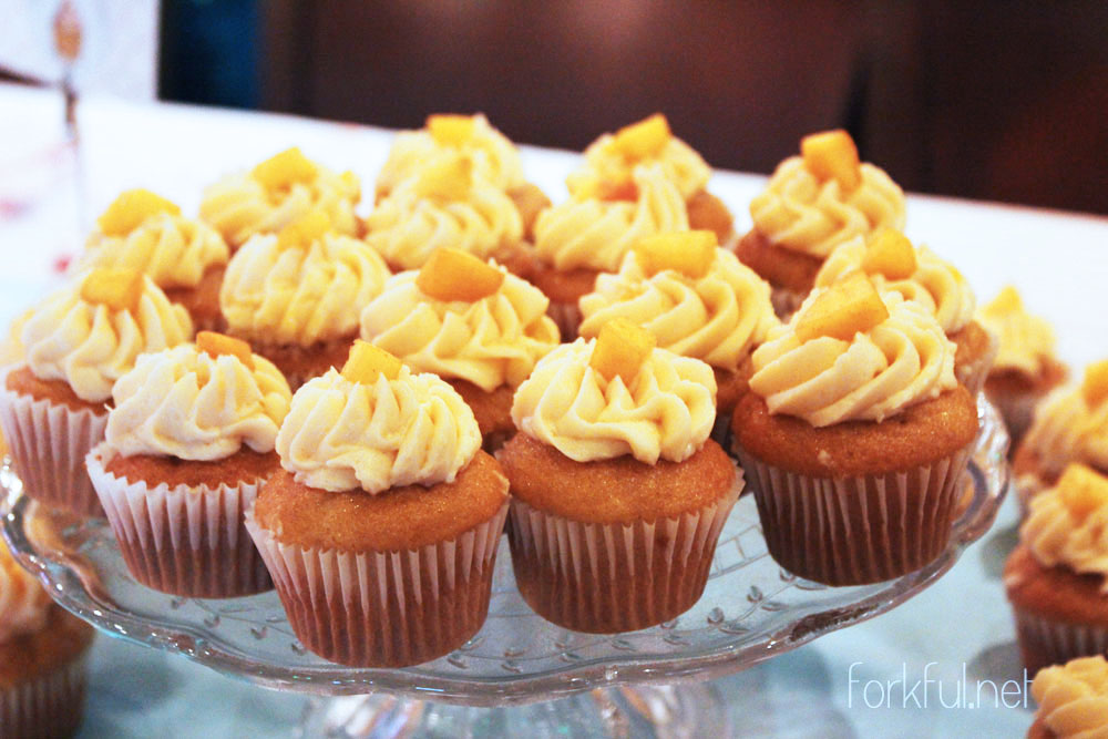 Peach Cobbler Cupcakes Recipes — Dishmaps